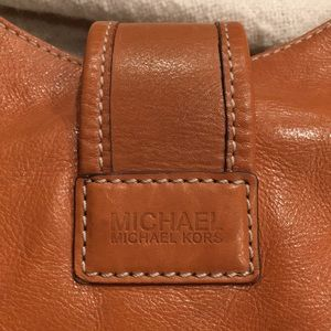 MICHAEL Michael Kors Bags - Michael Kors Hutton Hobo Purse Tan